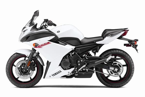 2012 Yamaha FZ6R - Studio White