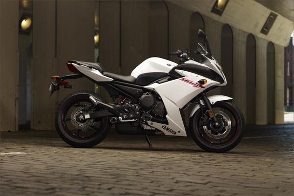 2012 Yamaha FZ6R - Beauty