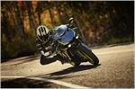 2018 Yamaha YZF-R1S - Action