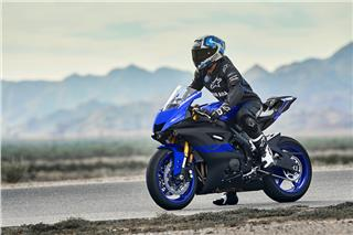 2019 Yamaha YZF-R6 - Action Blue