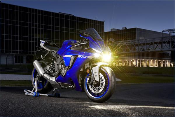 2021 Yamaha YZF-R1 - Beauty Blue