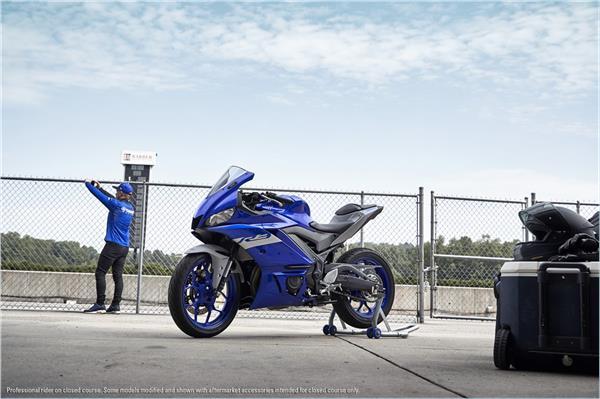 2021 Yamaha YZF-R3 - Beauty Blue
