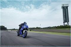 Content Library Image (21_YZFR3ABS_TeamYamahaBlue_A04.JPG)