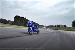 Content Library Image (21_YZFR3ABS_TeamYamahaBlue_A05.JPG)