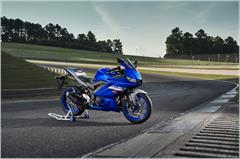 Content Library Image (21_YZFR3ABS_TeamYamahaBlue_X15.JPG)
