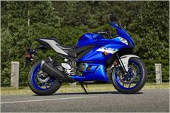 Content Library Image (21_YZFR3ABS_TeamYamahaBlue_X18.JPG)
